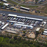 v8 supercars racetrack