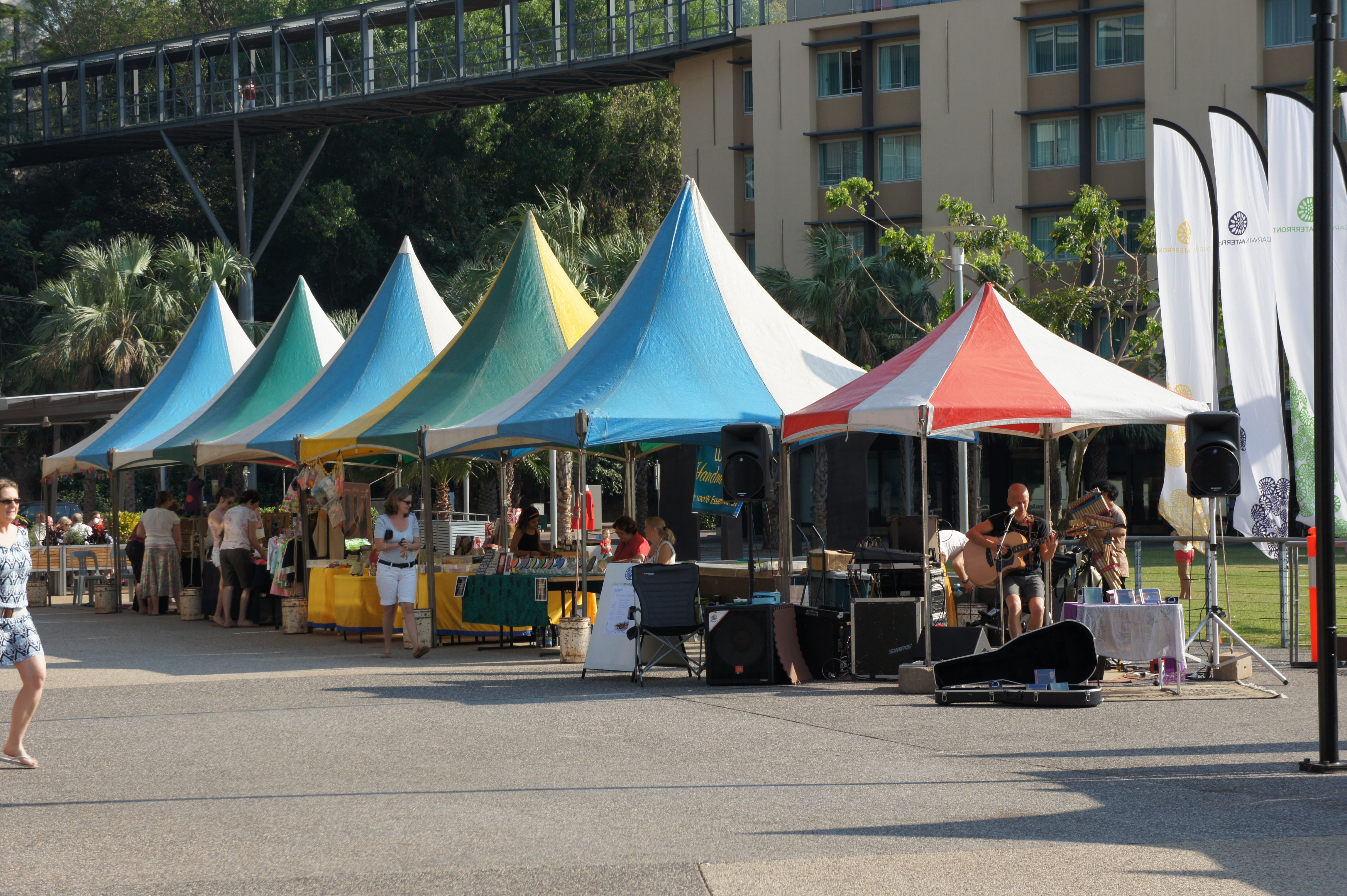 outdoor pop up stalls